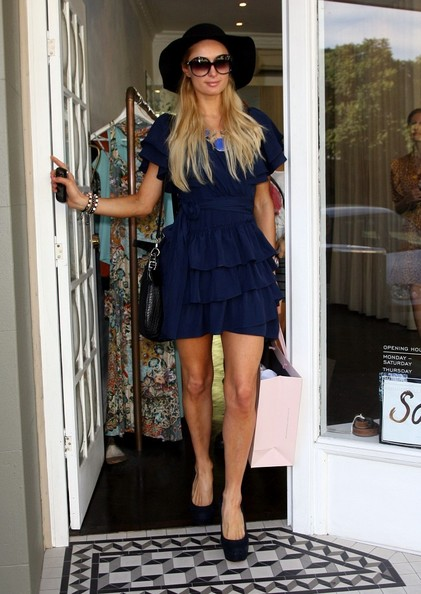 Most Favorite Paris Hilton Street Style The Real Queen Of Socialite!