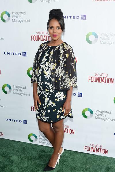 Kerry Washington dolled up her baby bump in a Giambattista Valli floral dress with flutter sleeves for the SAG-AFTRA golf fundraiser.