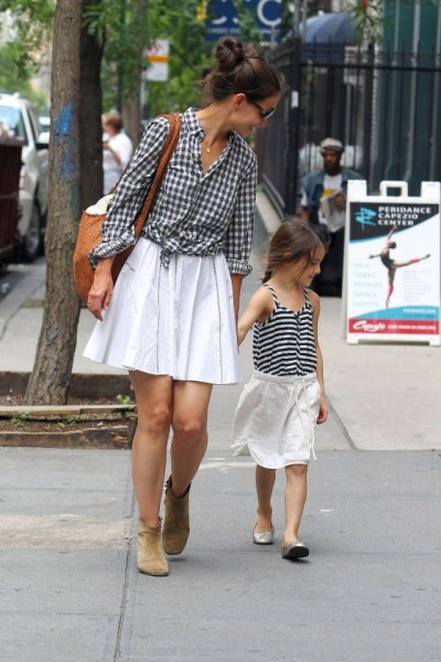 Katie Holmes and Suri Cruise via harpersbazaar.com