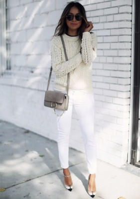 Julie Sarinana appears ready for winter in this gorgeous knit sweater and white denim jeans.