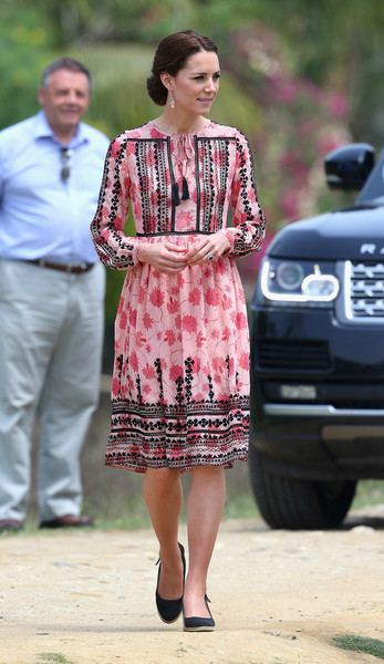 Kate Middleton went ultra girly in an embroidered floral dress by Topshop on day 4 of her India tour.