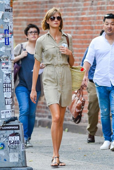Karlie opted for a classic safari-inspired shirtdress for her daytime look while out in NYC.