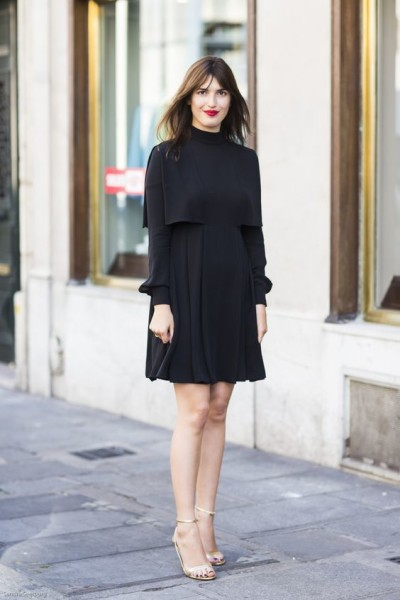 How to Wear Outfit With Black Dress for Valentine's Day