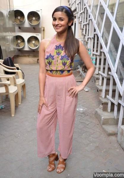 Alia Bhatt was photographed in retro checkered Nida Mahmood separates outside Mehboob Studios in Mumbai.