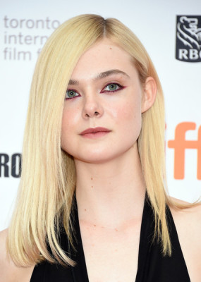 Elle Fanning showed off a super-sleek hairstyle at the TIFF screening of 'About Ray.'