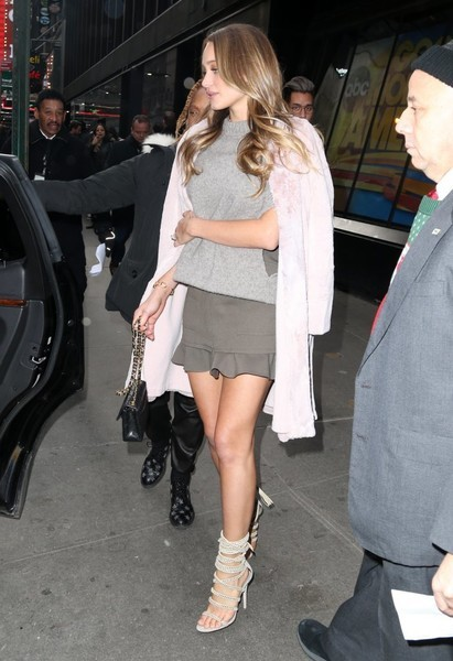 Hannah Jeter was spotted outside the 'Good Morning America' studio wearing a gray turtleneck over a ruffle-hem mini dress.