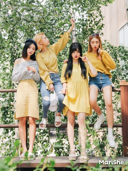 Yellow Outfits