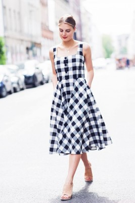 How to Wear Back The Gingham Trend Fashion in Any Outfits