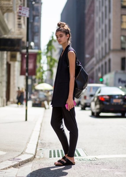TaylorHill getting back to black offduty in NYC.