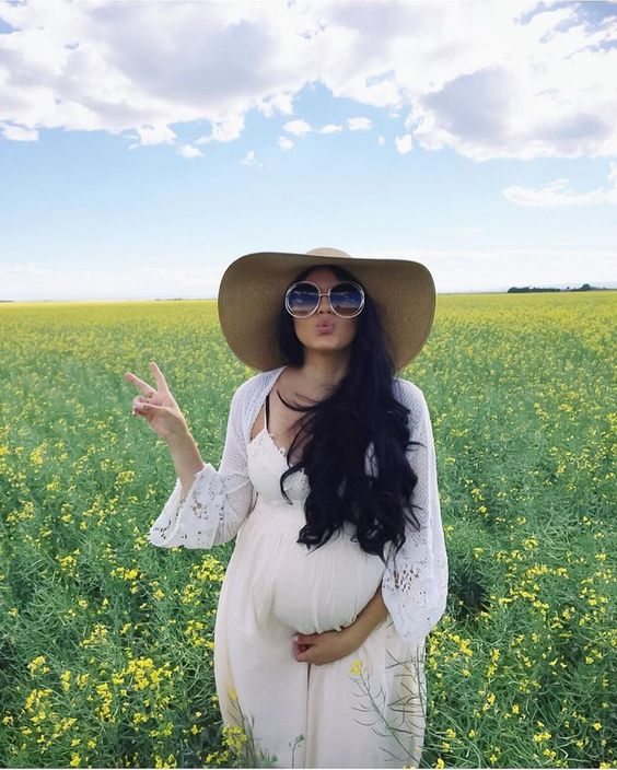 Summer Chic Maternity Style Outfit Ideas