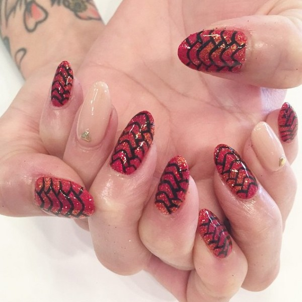 Cool Nail Art Designs Inspired From Game Of Thrones