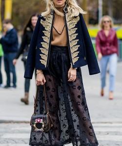 via fashion.hola.com