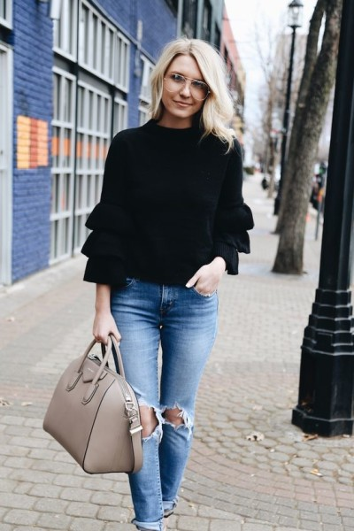 What to Wear Ruffle Sweater For This Fall