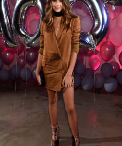 Kaia Gerber looked every bit the budding fashionista in a rust-colored blazer dress during the Jimmy Choo 20th anniversary event.
