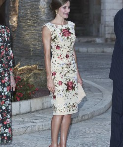 Queen Letizia of Spain looked very refined in a floral-embroidered midi dress by Juan Duyos while attending a dinner for authorities at the Almudaina Palace.