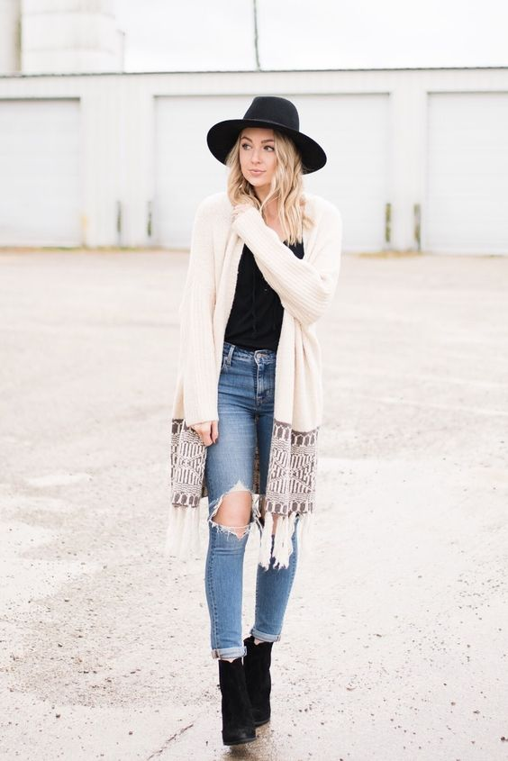 These Chic Boho Winter Outfits Every It Girl Is Wearing