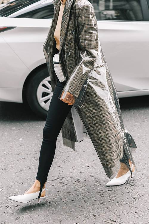 Pair leggings with heels for an elongating look.