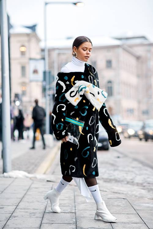 The Inspiring Ways To Wear Old-School Streetwear Outfit This Year