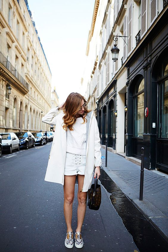 Casual Style Strolling The City