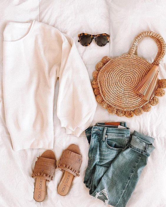 Stylish outfit ideas for women who follow fashion from Zefinka