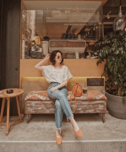Chic Outfit Ideas With Minimalist Bag From Vivid Wu