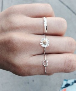 Sophisticated Jewelry Trend To Style Sunflower Rings