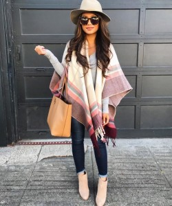 Bundle up in a too-cute plaid poncho combo care of @sweetandpetite_