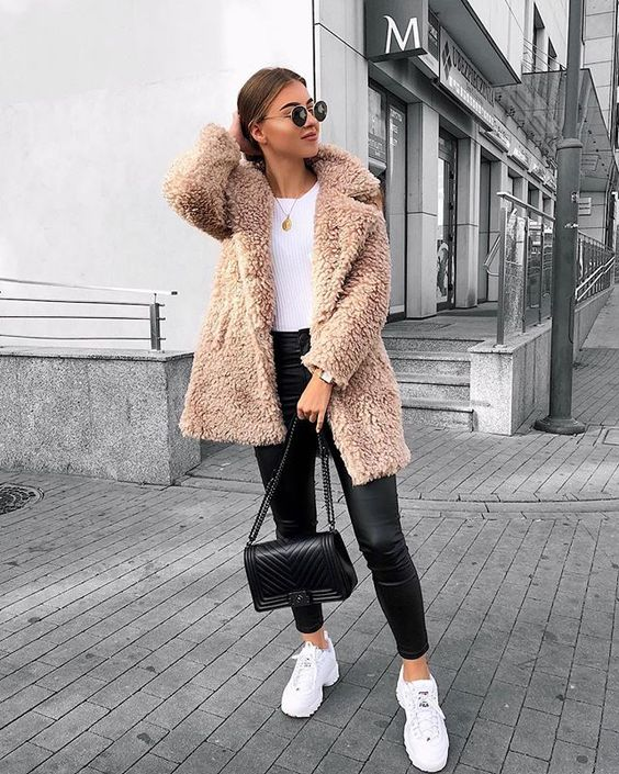 How to Style Warm Jacket For Winter Outfit