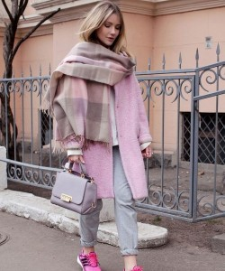 Winter outfit ideas in pink