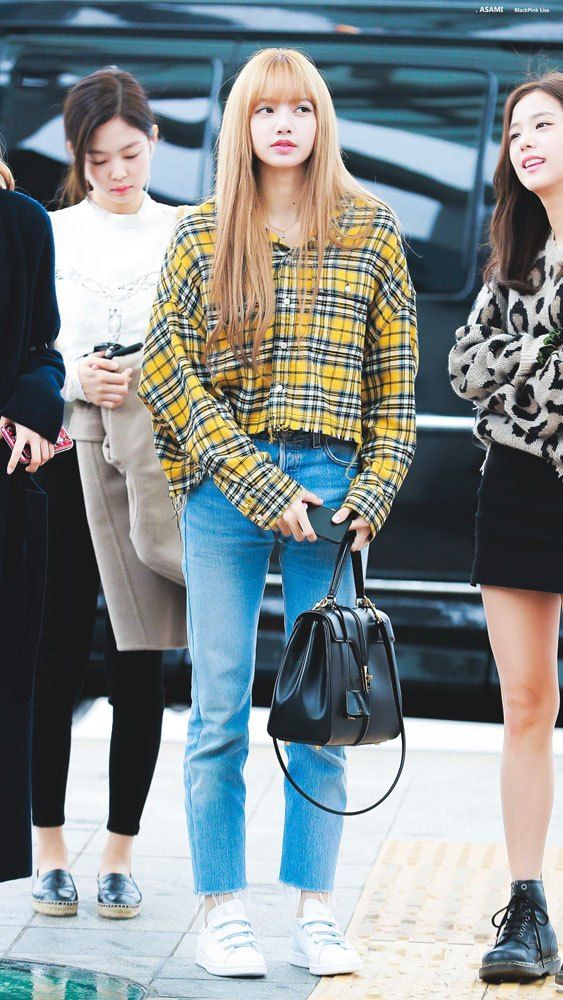 BLACKPINK Airport Photos at Incheon Heading to Japan
