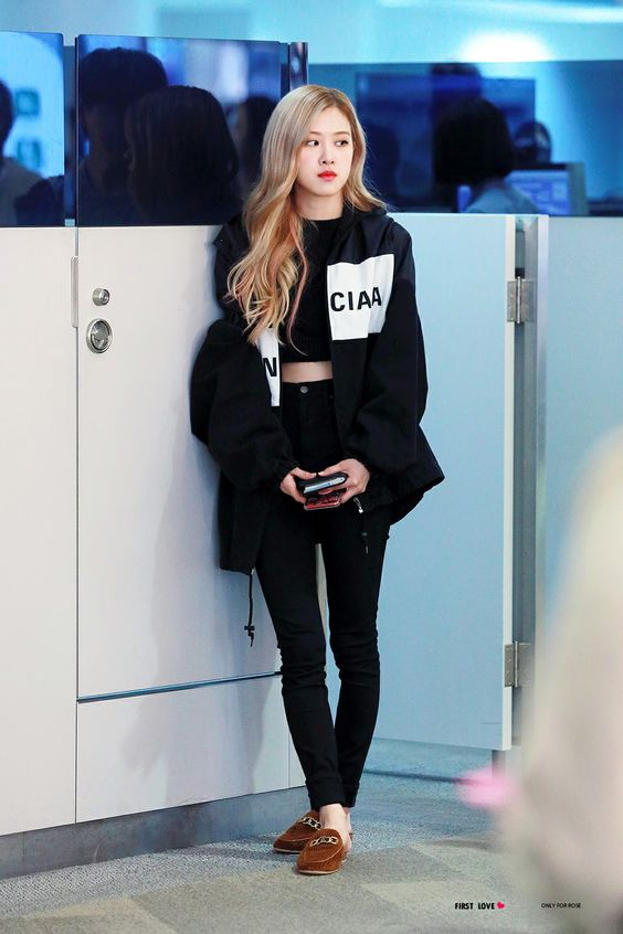 Rose BLACKPINK at ICN Airport