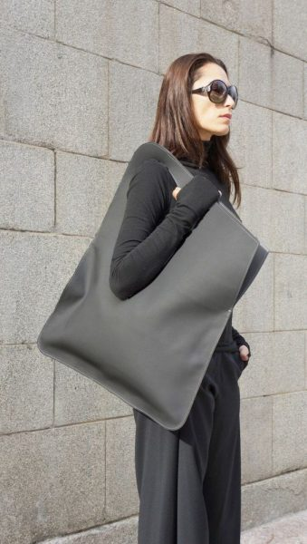 Oversized Bag Trend