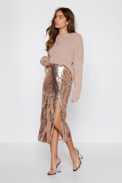 Shine Skirt features a high-waisted