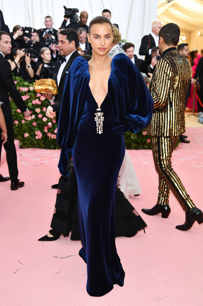 Irina Shayk's Low-Cut Velvet Gown