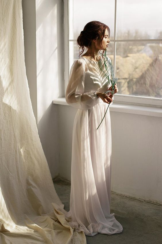 Minimalist Wedding Dresses