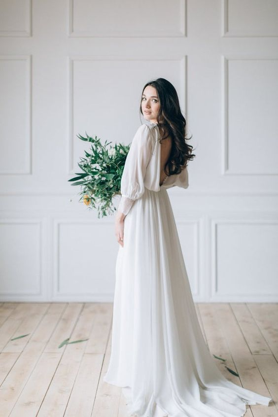 Trend Minimalist Wedding Dresses For Spring 2020