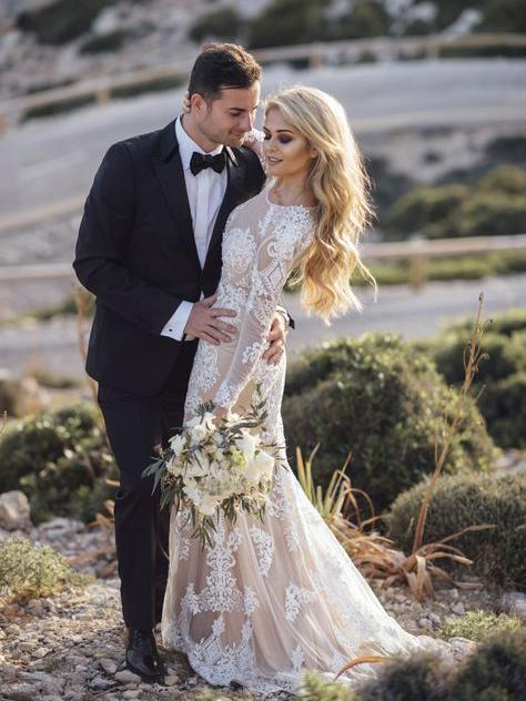 Long Sleeves Lace Mermaid Wedding Dresses
