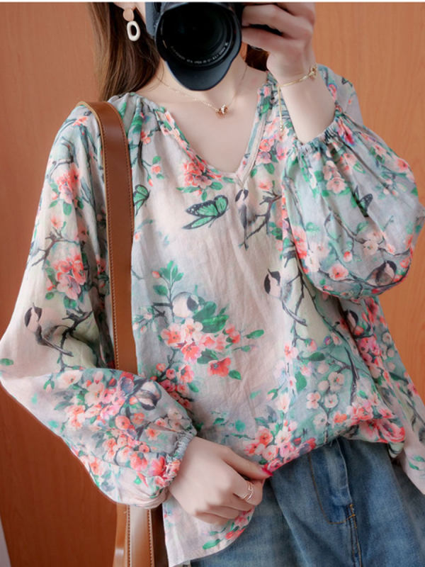 V-neck Puff Sleeve Printed Blouse