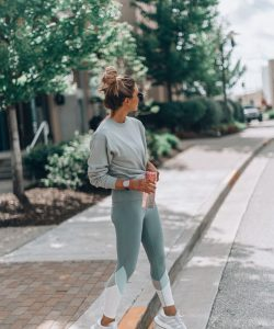 Chic Activewear Outfit Ideas to Boost Your Workout
