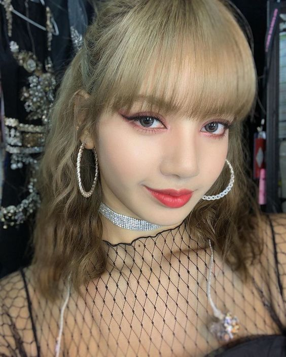 Make-up Look Ideas Inspired By Blackpink-Lisa
