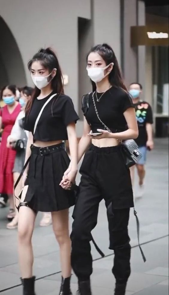 Best Looks From Chinese Street Fashion Style That Went Viral on Tiktok