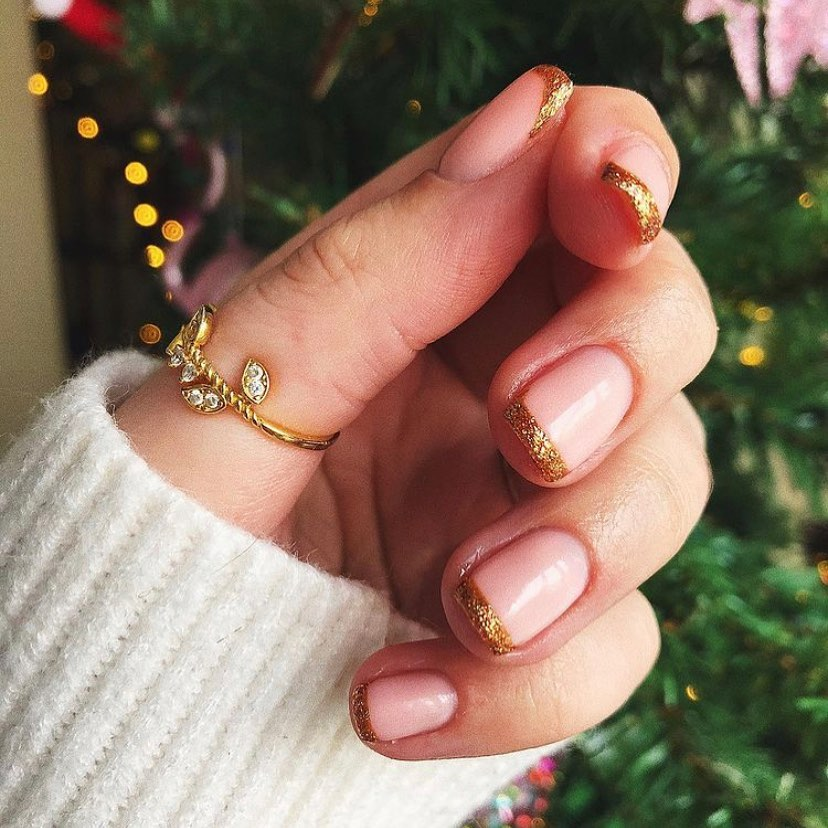 2020 Trend Easy Christmas Nail Art Color Ideas