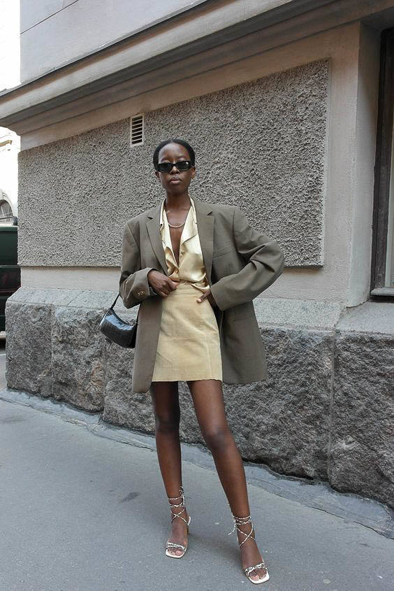 How to Style Oversized Blazer For Office Outfit Looks