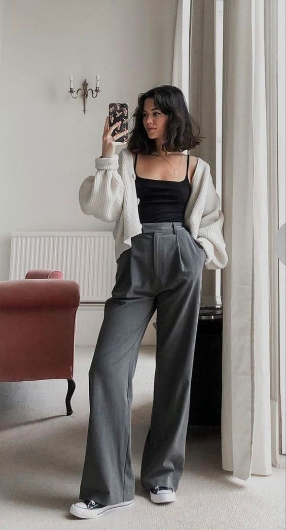 Trend Of the Year: HighWaisted Loose Pants Outfit Style Ideas