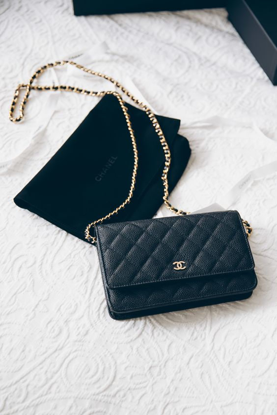 6 Most Favorite Chanel Handbags You Need To Complete To Your Wardrobe