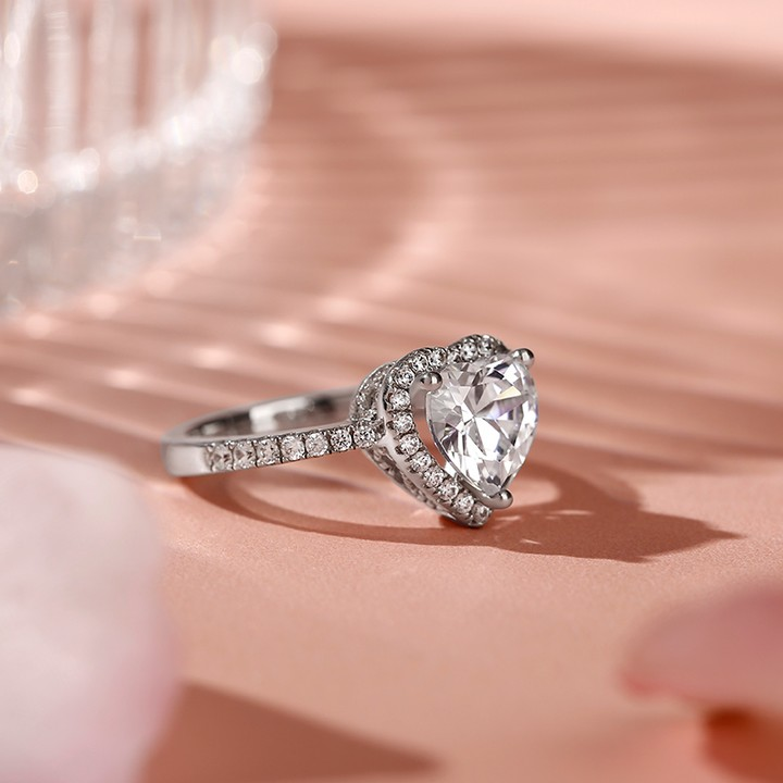 Jeulia Halo Heart Cut Sterling Silver Ring