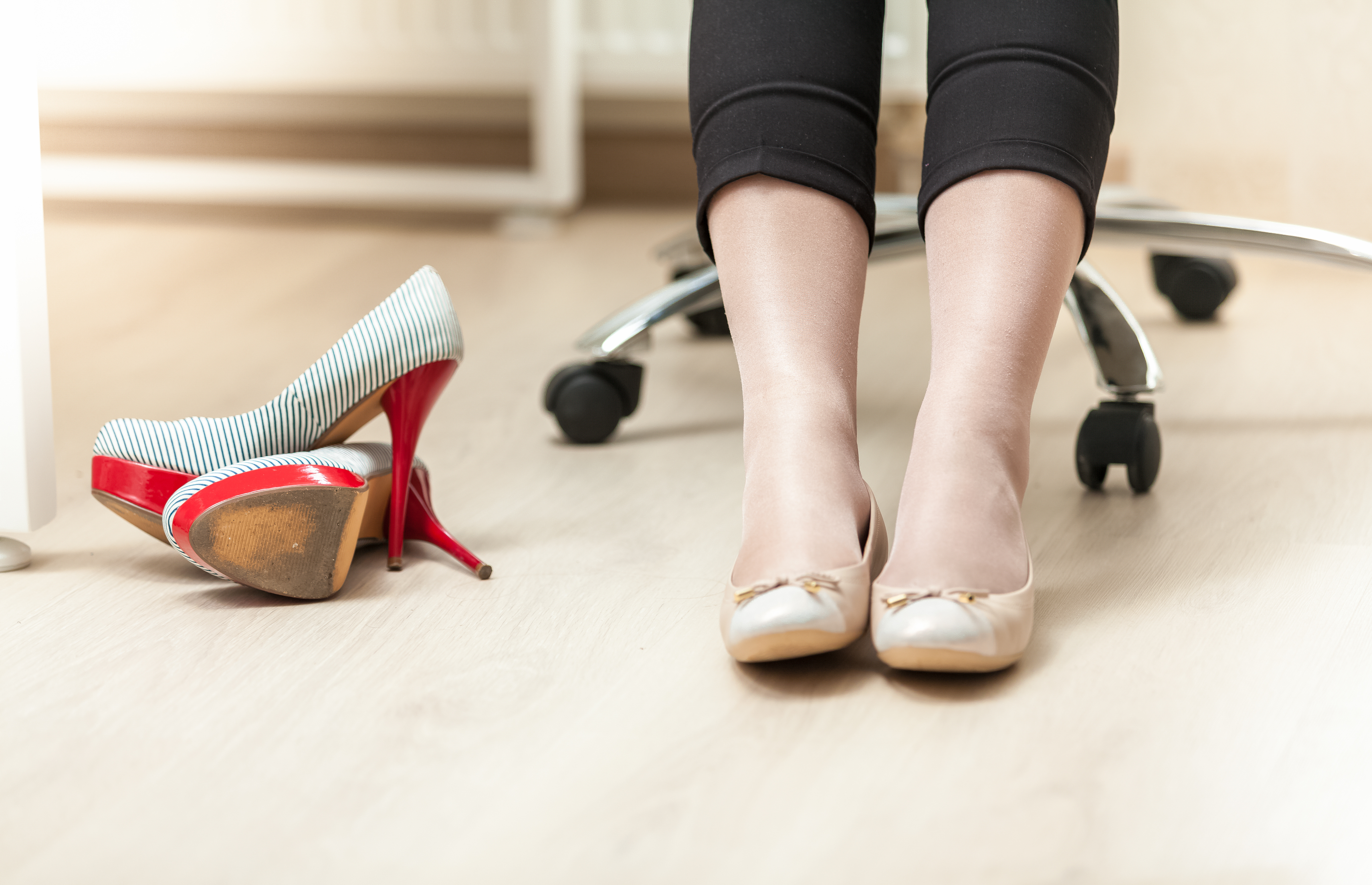 8 Types Of Comfy Footwear For Women