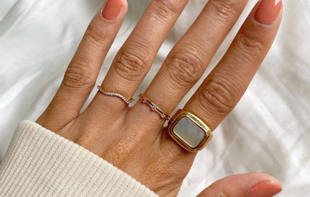 The Most Approved Jewelry Trends For Summer-End