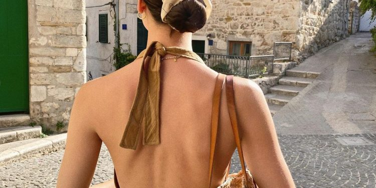 The Most Popular Vacation-Ready Summer Pieces To Buy Right Now