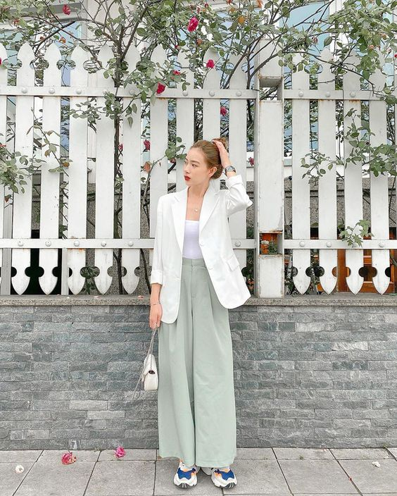 Casual Style Ideas To Wear Strapless Tops